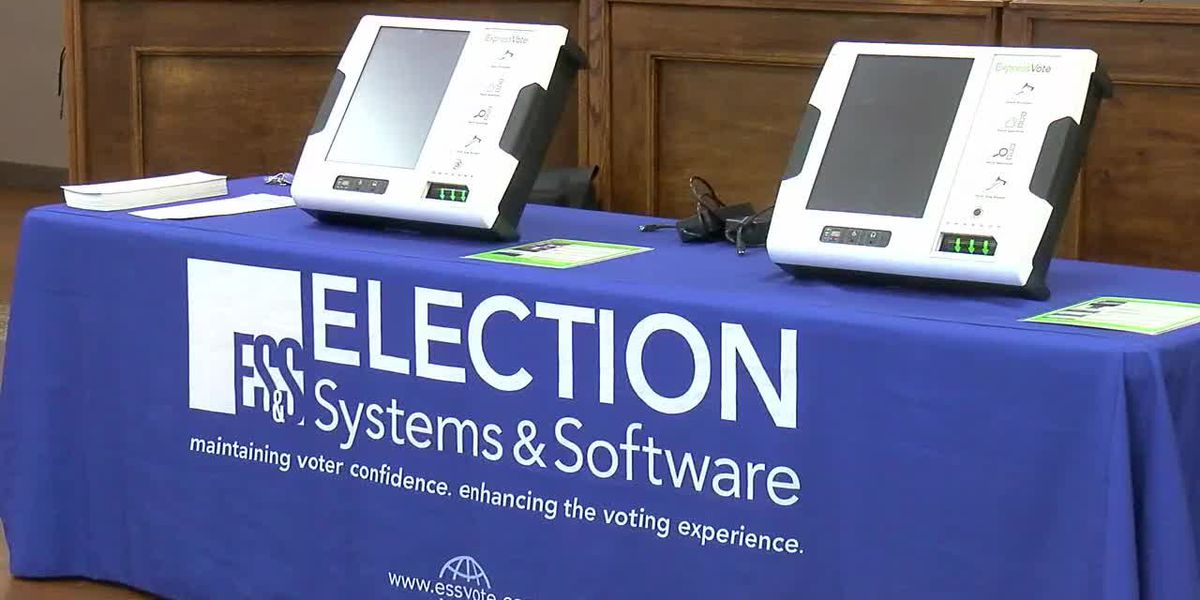 Texas voters report issues with voting machines