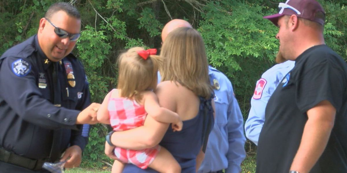 Angelina County shows support for local police officers