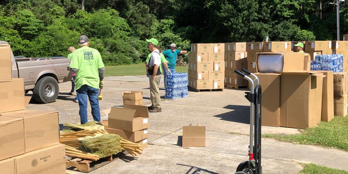 Onalaska church holding food and supply distribution for residents affected by tornado