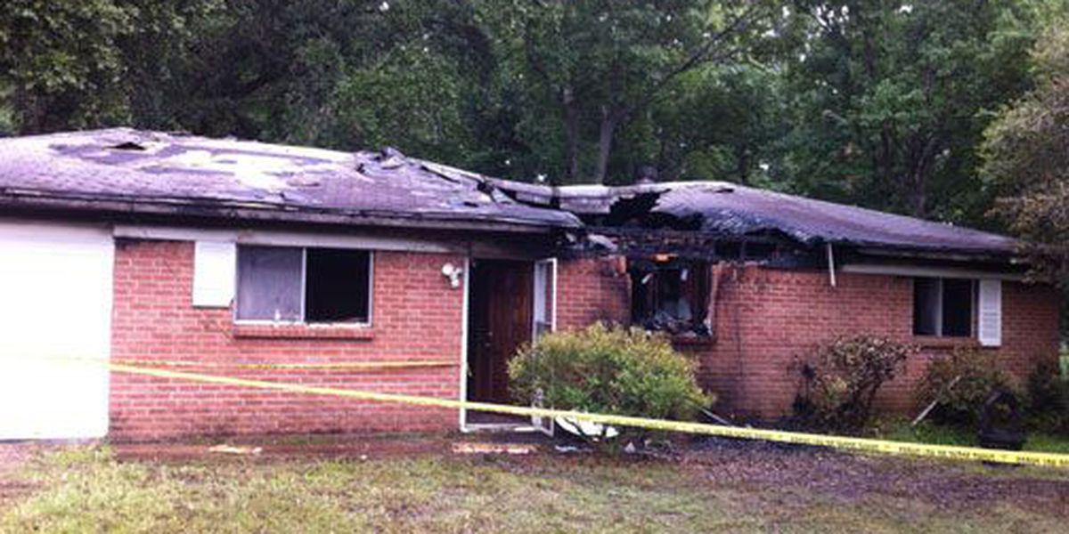 Diboll couple loses everything in house fire