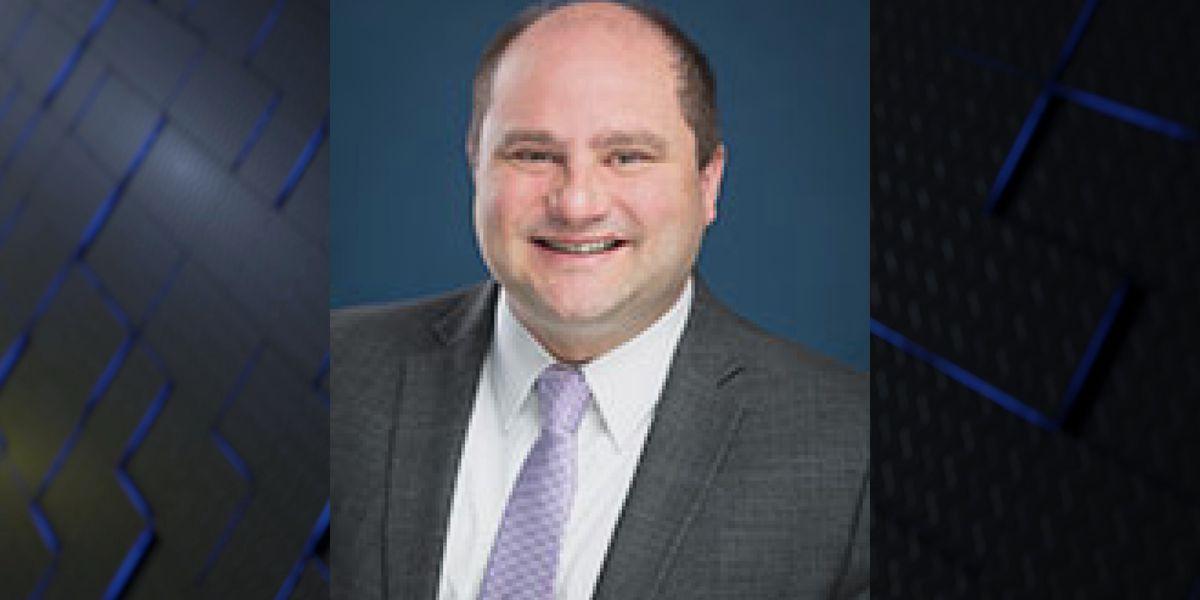 Texas' last Public Utility Commission member resigns at Gov. Greg Abbott's request