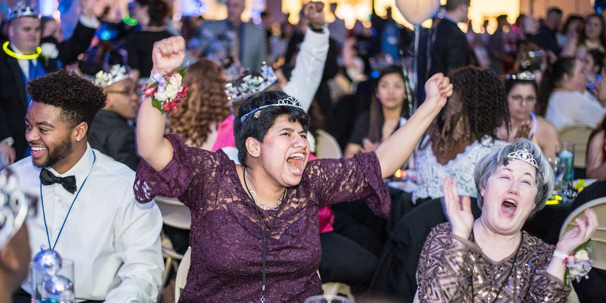 Volunteers needed for 'Night to Shine' in Marshall