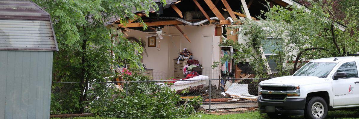 Lufkin woman dies when tree falls on home