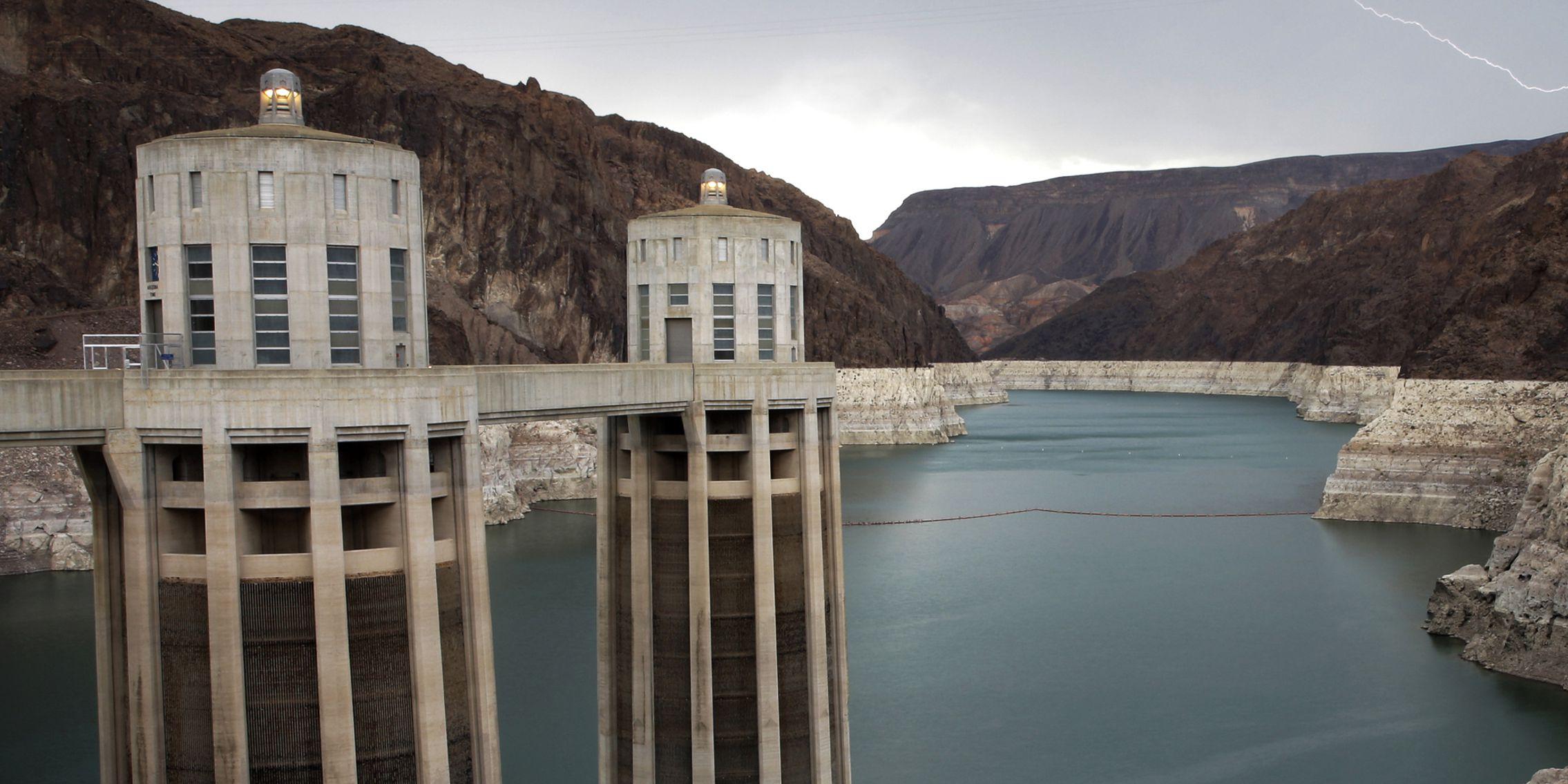 Census: Nevada, Idaho lead US population gains; Puerto Rico, West Virginia suffer losses