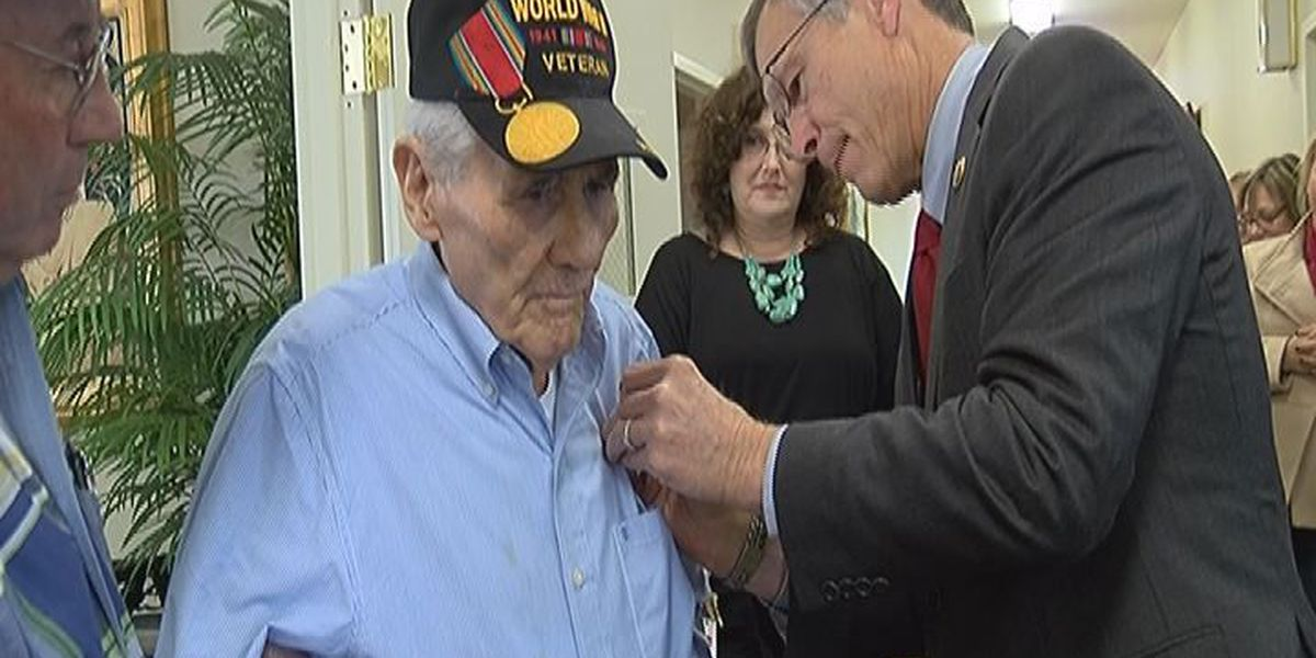 East Texas WWII veteran awarded Bronze Star of Valor medal after 73 years