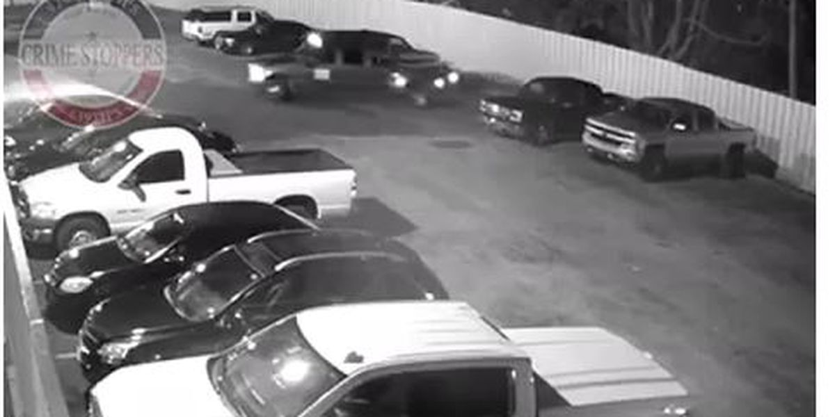 VIDEO: Lufkin Crime Stoppers: Suspects stole pickup from motel in less than 90 seconds