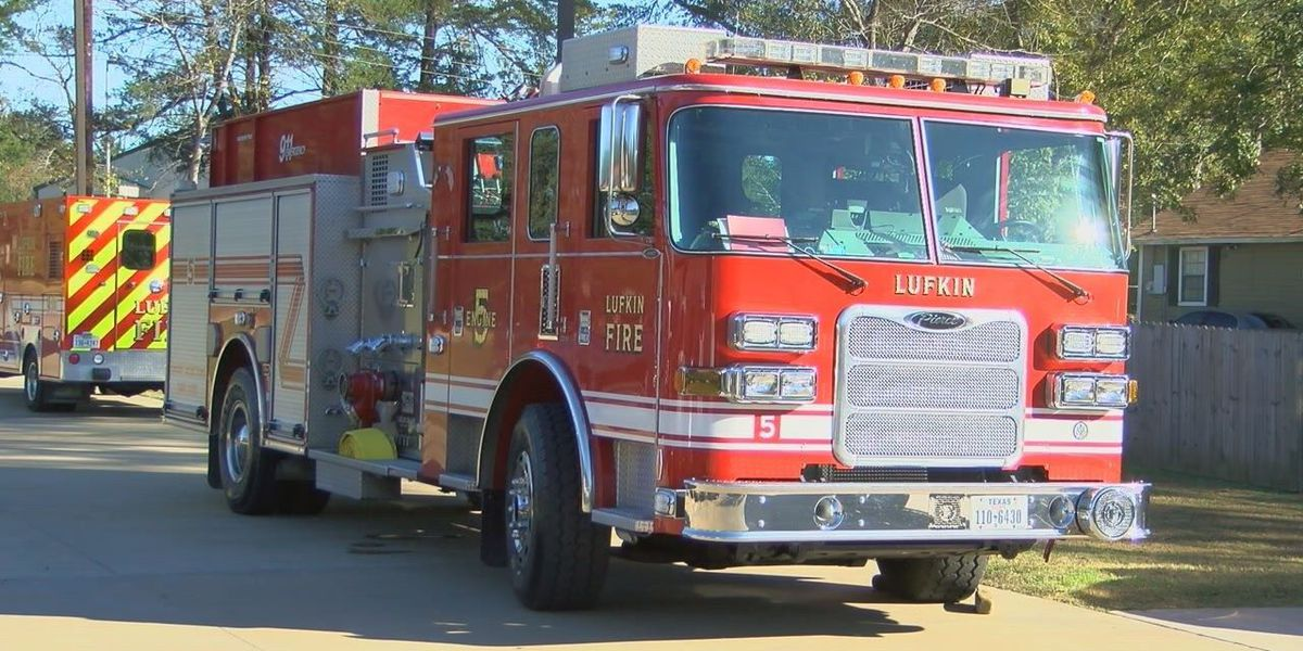 Lufkin fire department holds annual potluck for Thanksgiving meal