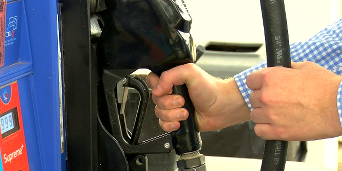 AAA Texas: Statewide gas prices continue downward trend