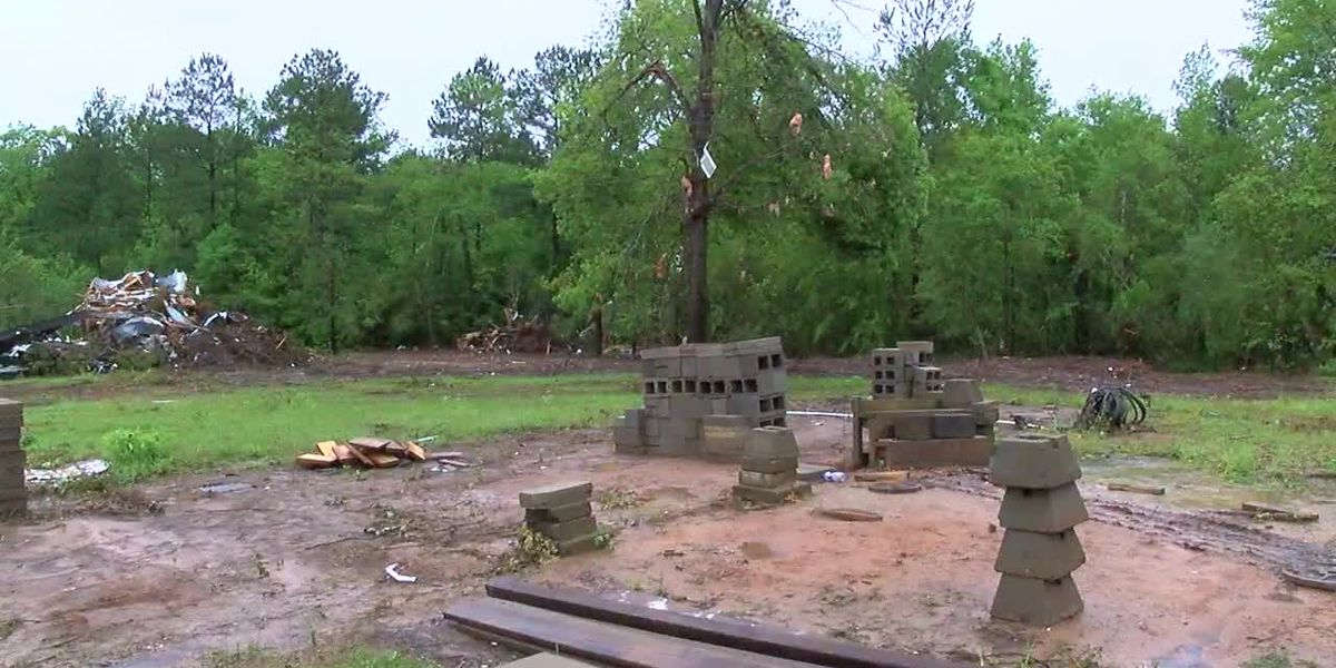 WEBXTRA: Kennard residents recount moment storms destroy home