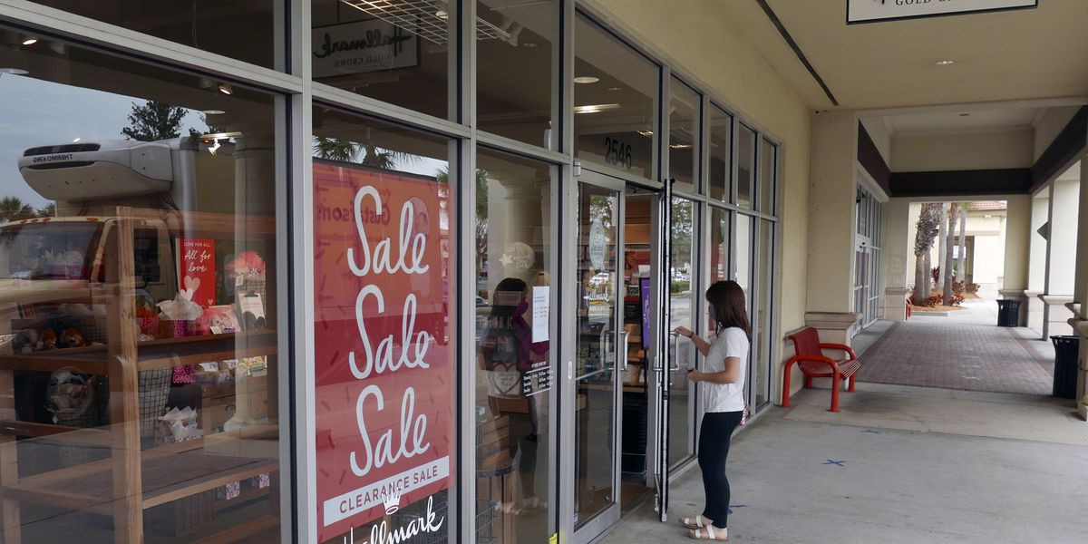 Consumer confidence rises for second straight month
