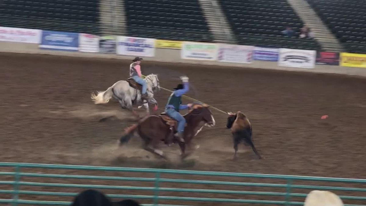Two East Texas Team Ropers To Compete At College National