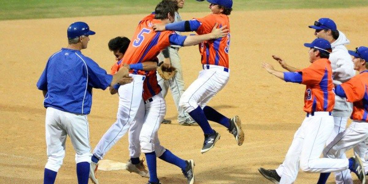 Angelina College Roadrunner rally clinches Tournament berth