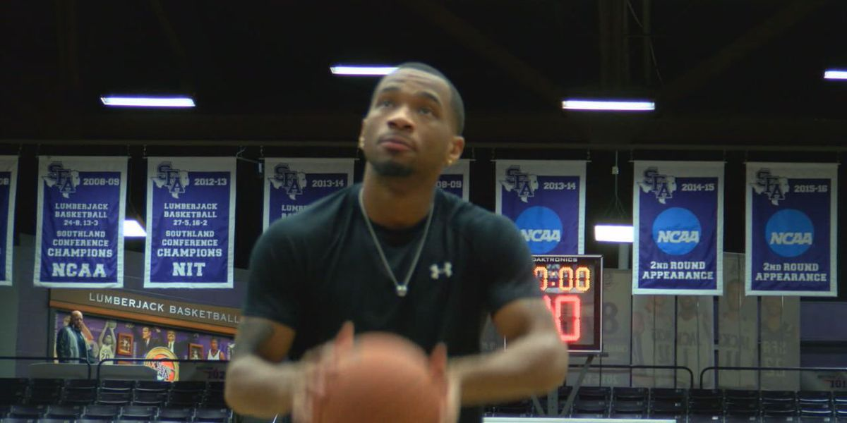 SFA's John Comeaux not letting devastation from Hurricane Harvey interfere with basketball duties