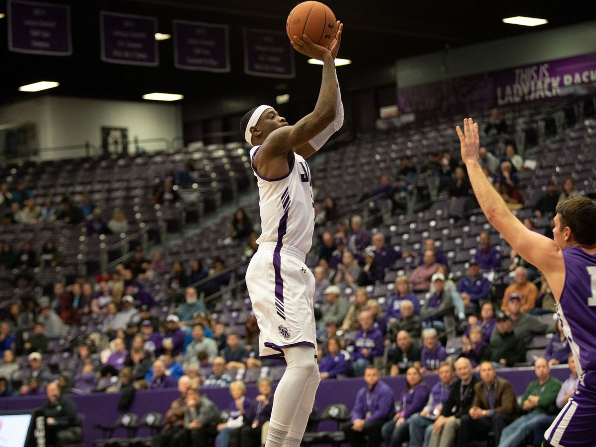Wednesday College Basketball Wrap up: Bogues, Harris clutch in SFA win over ACU