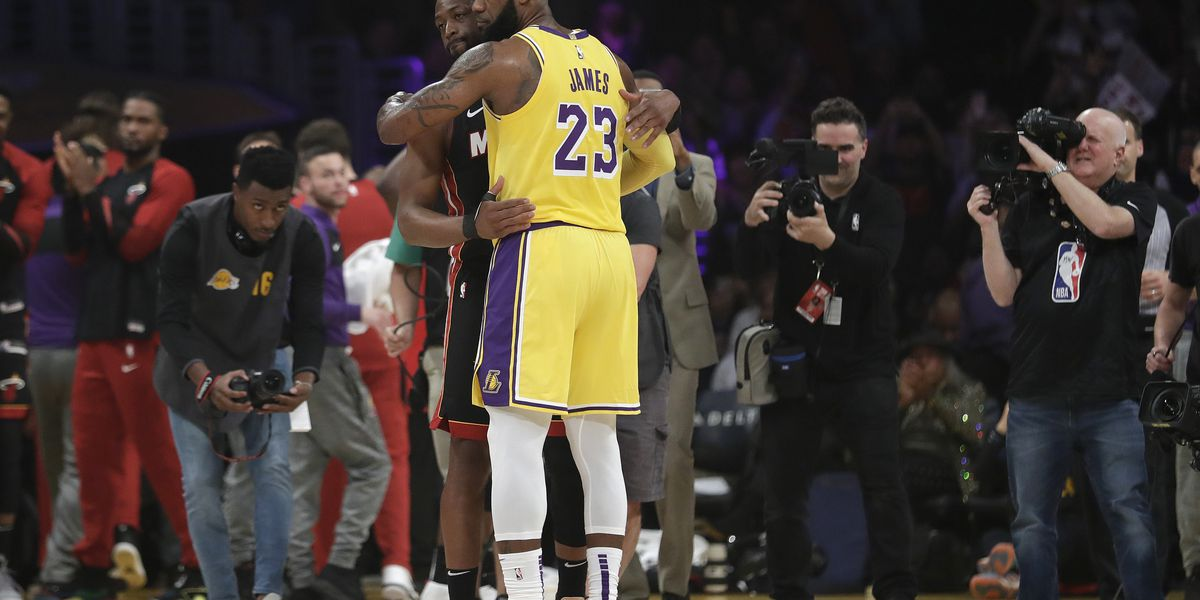 LeBron's Lakers edge Wade's Heat in final meeting, 108-105