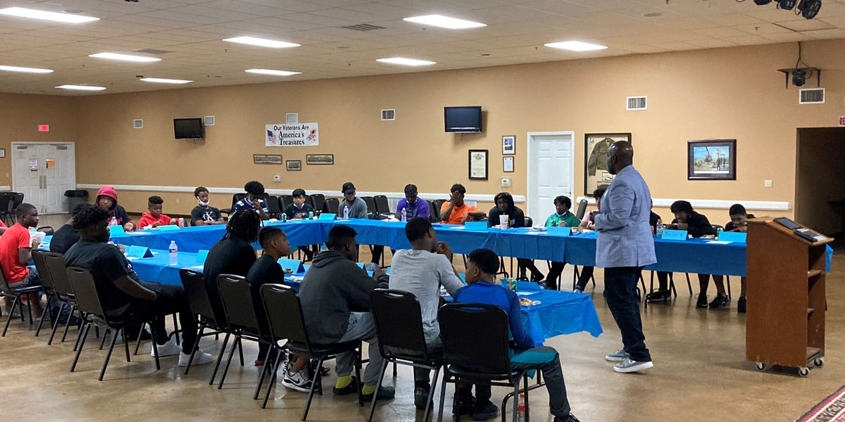 'Brunch with Brothers' aims to mentor young men in Lufkin community