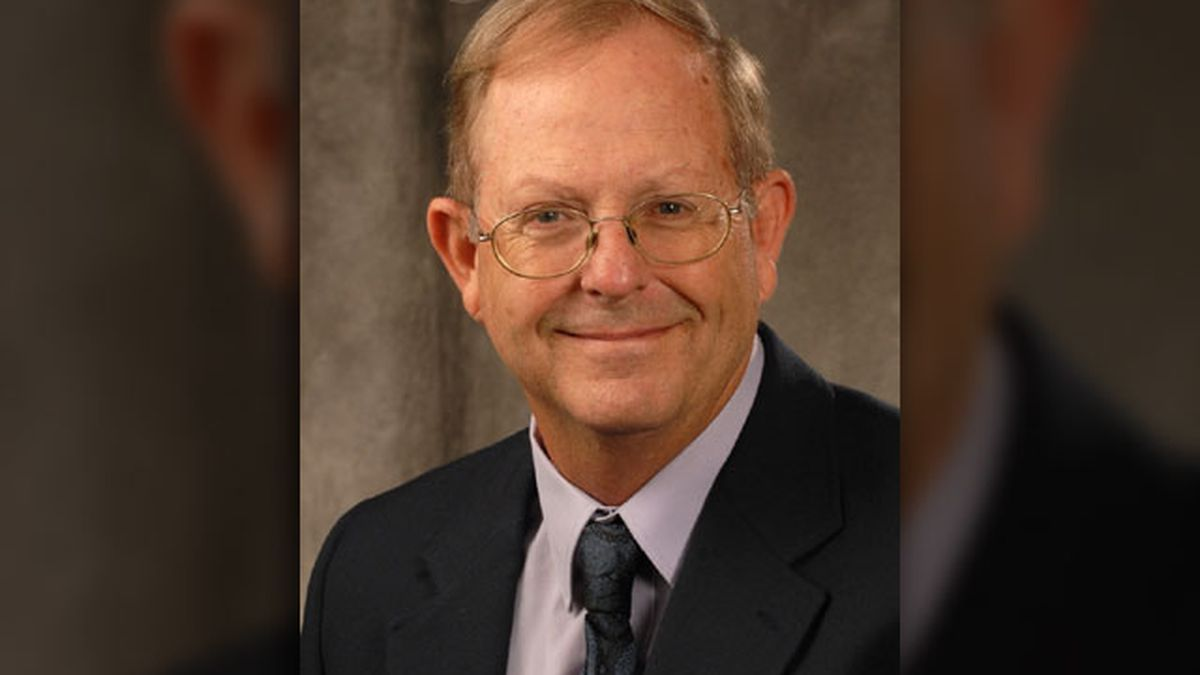 SFA professor receives lifetime achievement award