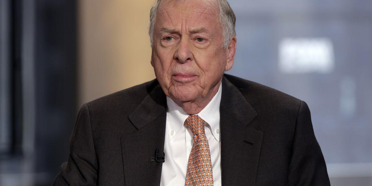 Oil tycoon T. Boone Pickens dies at 91
