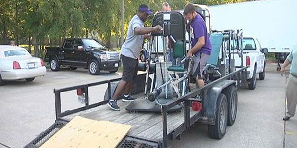 Lufkin students will benefit from fitness equipment donation from Livewell