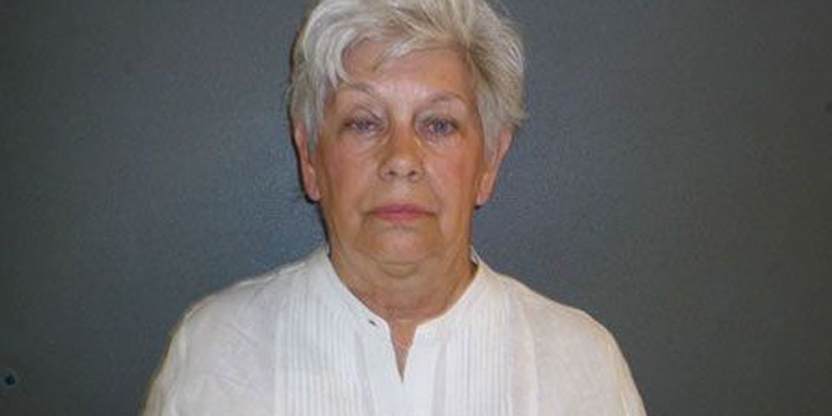 Indictment: Woman stole more than $100K from Houston County couple's estates