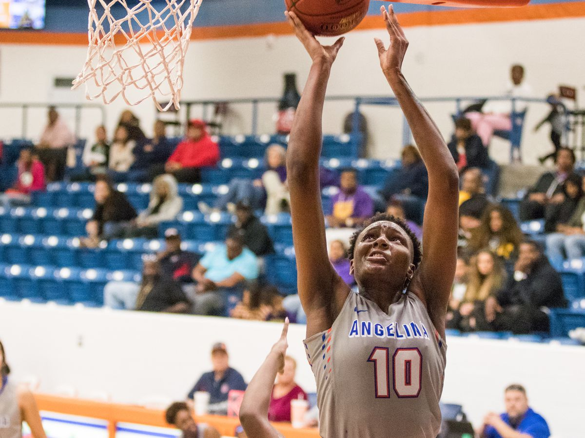 Natasha Mack and Lady Roadrunners make easy work of Jacksonville