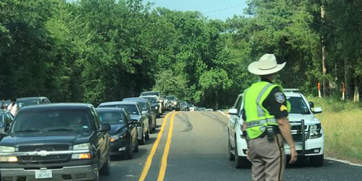 Wreck slows traffic in Nacogdoches County on Highway 259