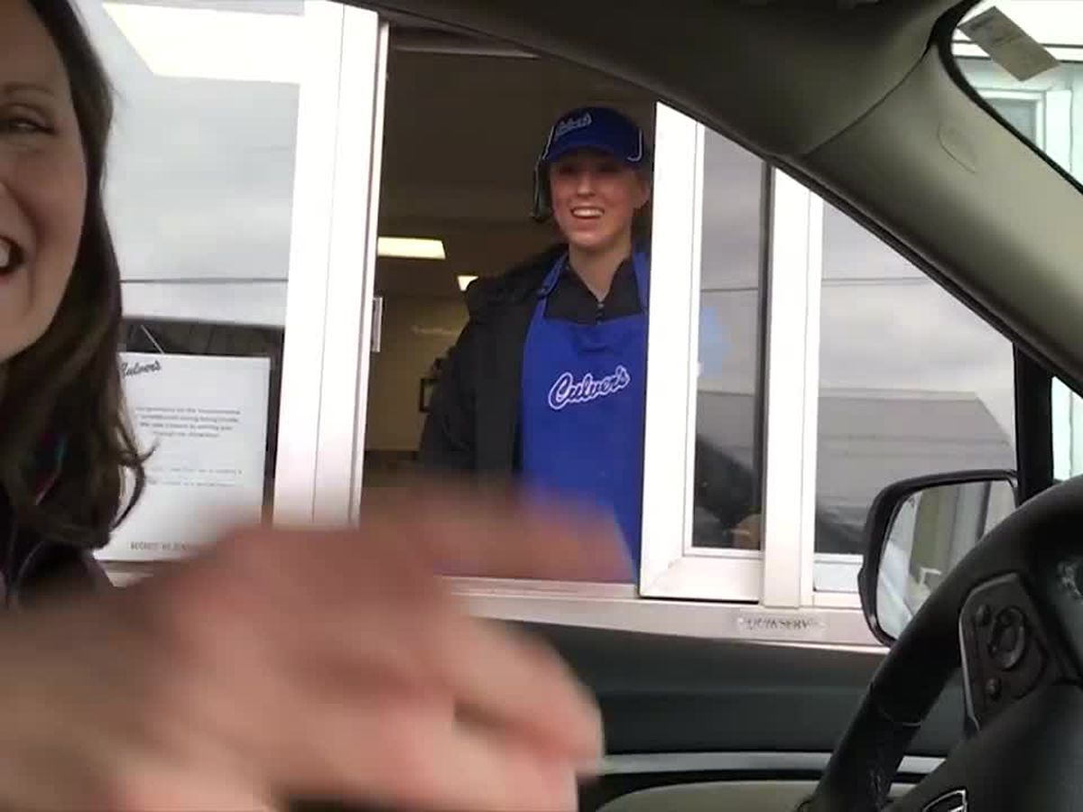 Student learns she's school valedictorian at drive-thru window where she works