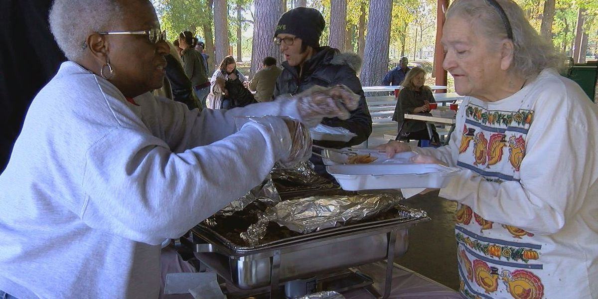 House of Compassion hosts annual Thanksgiving in the Park