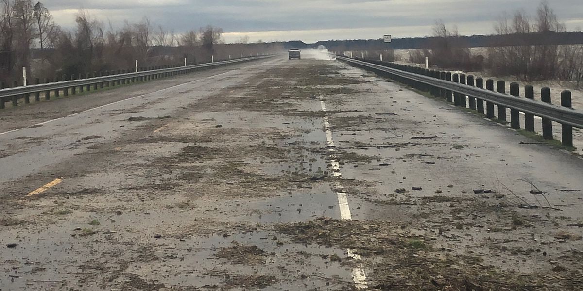 UPDATE: SH-147 clear of debris and passable Sunday