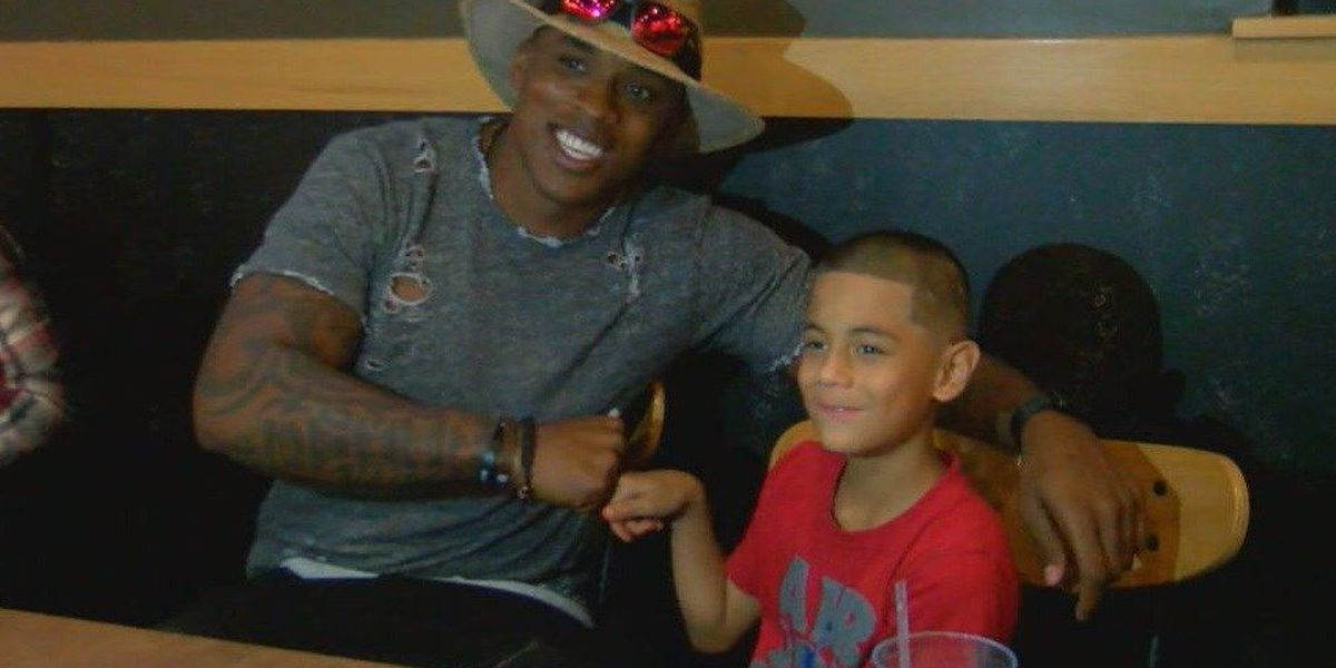 Jermichael Finley hosts meet-and-greet for upcoming football camp in Diboll