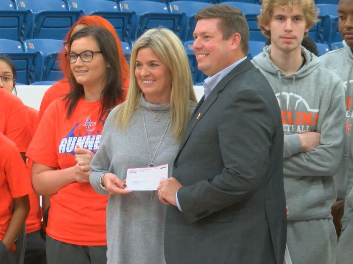Lufkin Coca-Cola donating $50K to Angelina College for new scoreboard