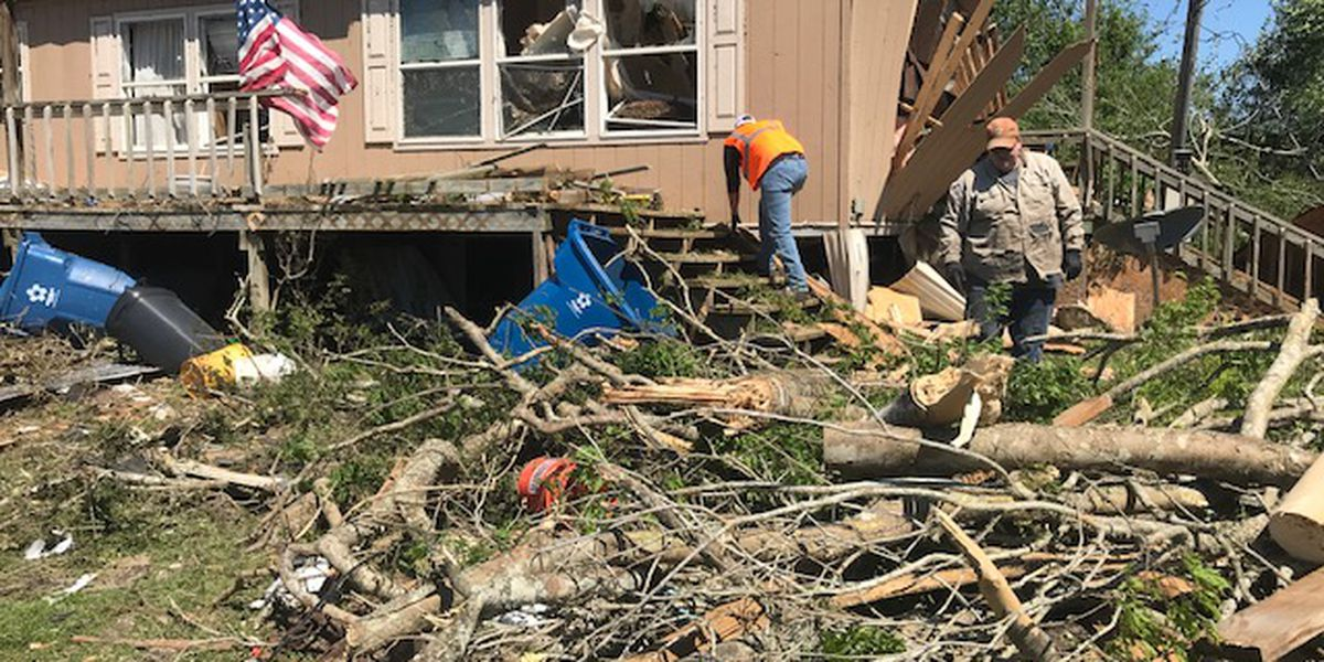 Focus shifts to helping community after deadly tornadoes hit Alto