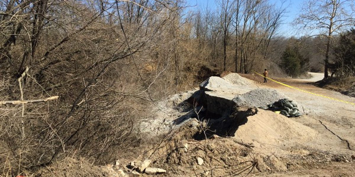 Sinkhole will keep Louisville Zoo, Mega Cavern closed Thursday
