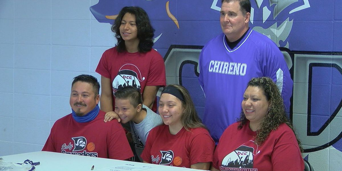Chireno's Nelly Vargas signs with Dallas Christian