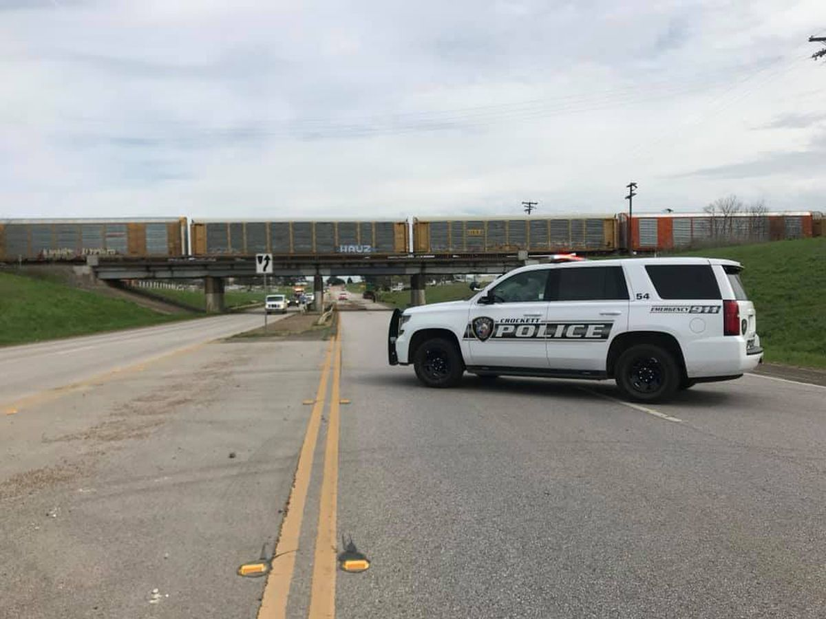 Police: Truck strikes railroad overpass in Crockett