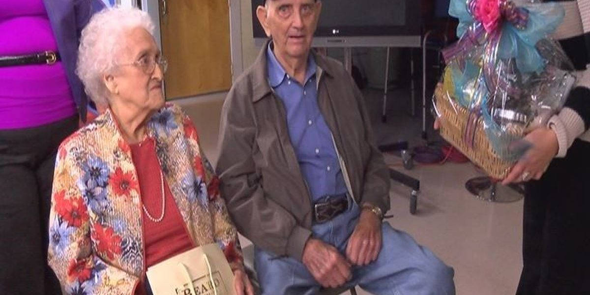KTRE's cutest couple collects prize