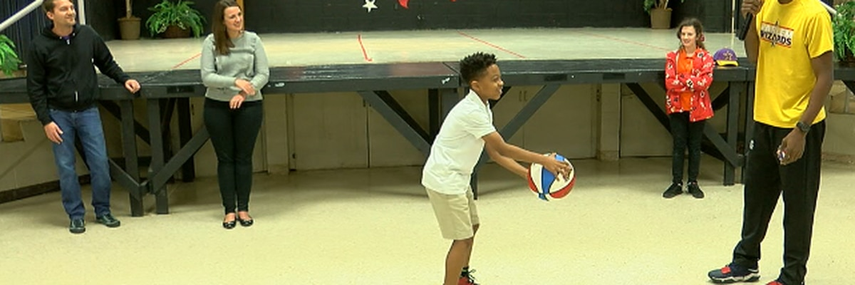 Basketball 'wizards' show Lufkin students the ropes before schooling teachers