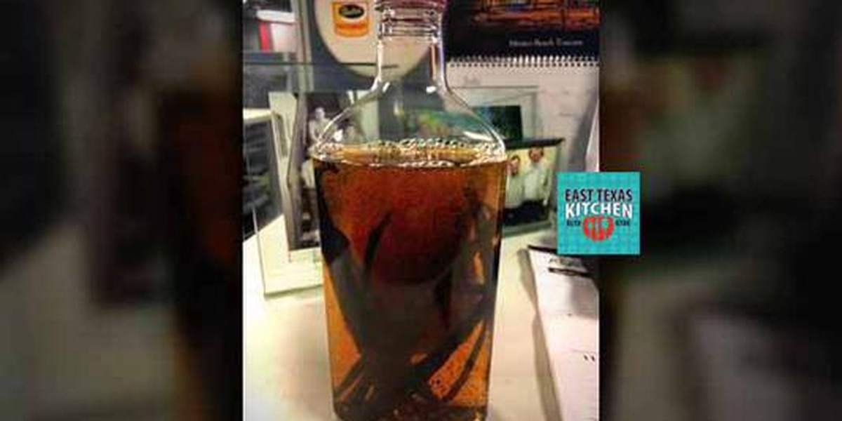 Cooking basics: Making vanilla extract with Mama Steph