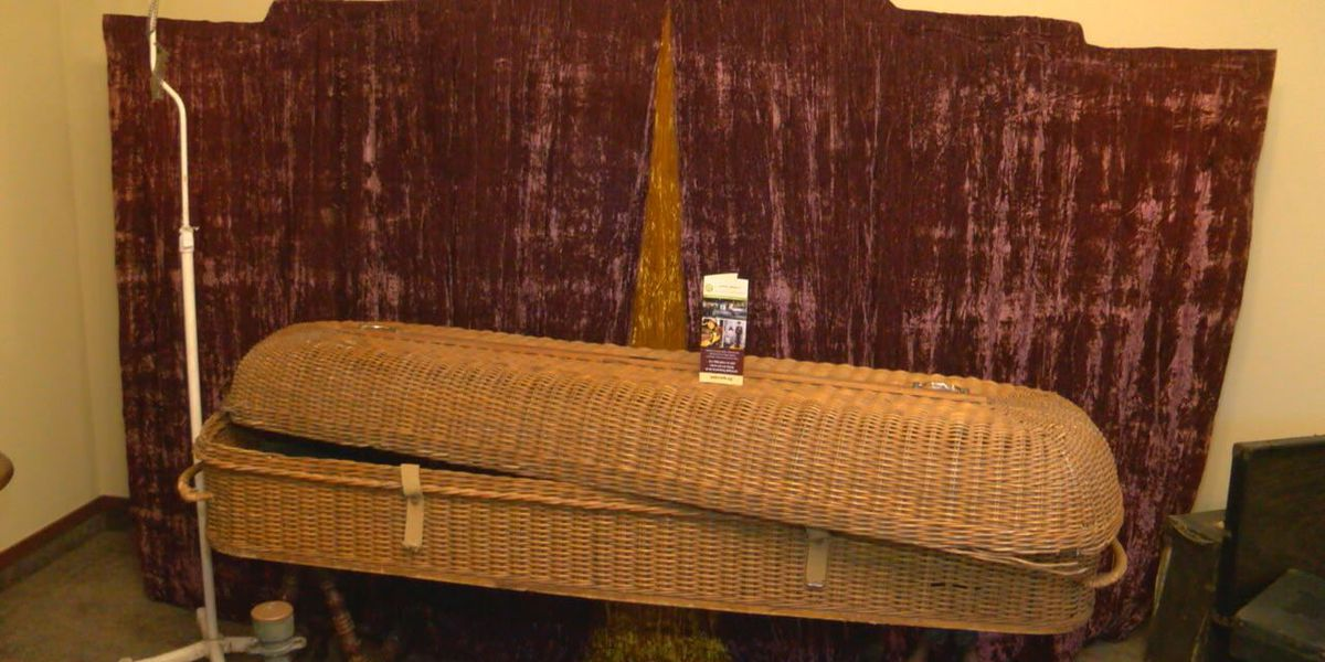 Nacogdoches funeral home celebrates 125 years of service with funeral museum display