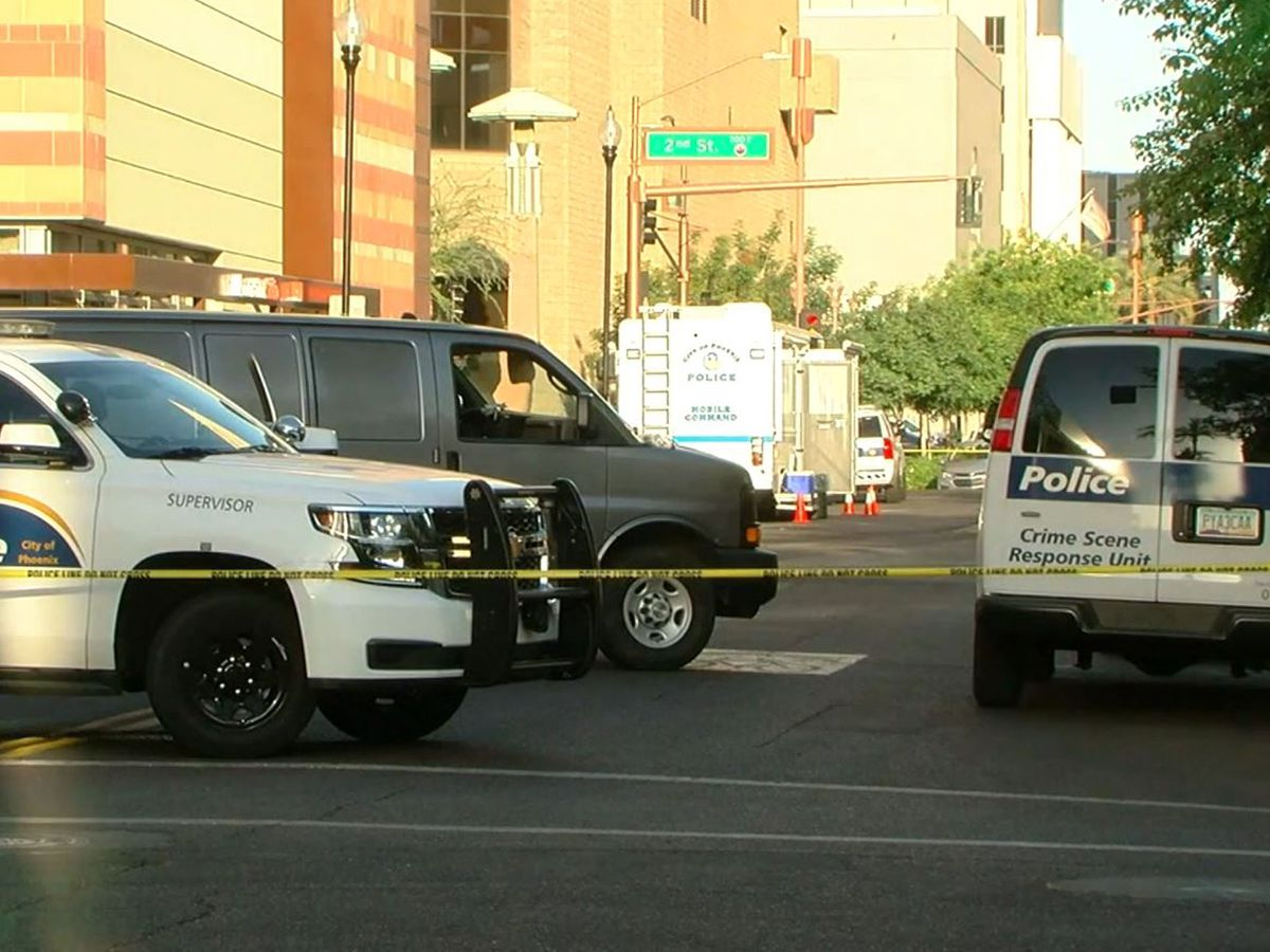 Police: 1 dead, 7 injured in shooting at downtown Phoenix hotel