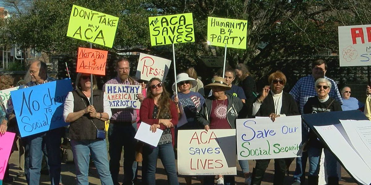 Hundreds of East Texans rally to show support of Affordable Care Act