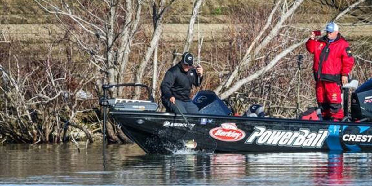 Tackle Warehouse Pro Circuit at Sam Rayburn Reservoir update