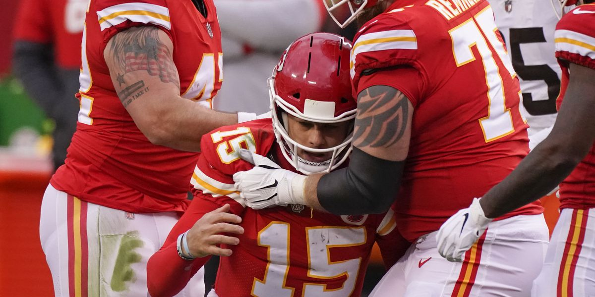 'Nobody on our team is headhunting:' Browns defend teammate after hit causes Chiefs QB Patrick Mahomes to leave game