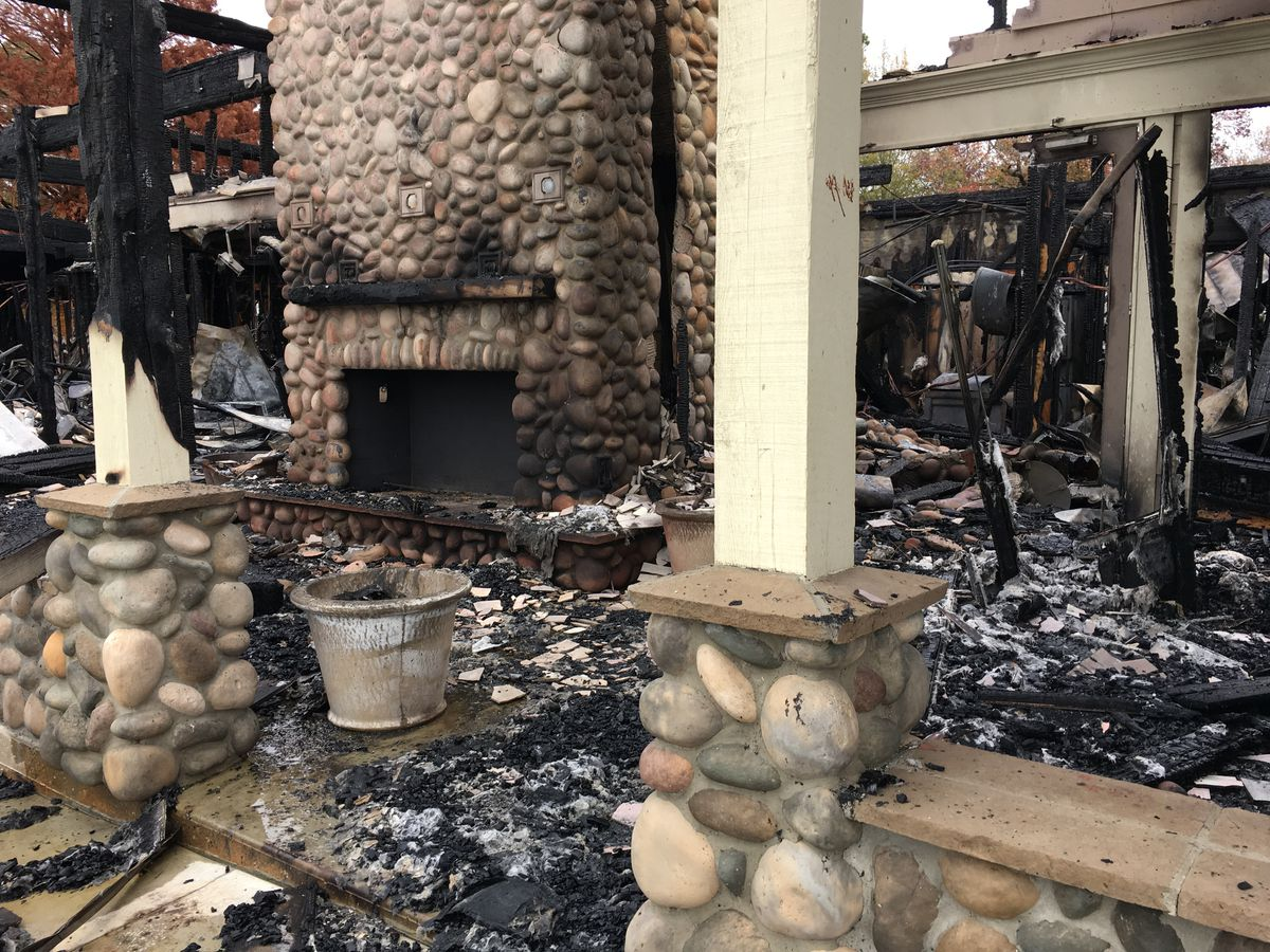 Popular Livingston restaurant burned to the ground
