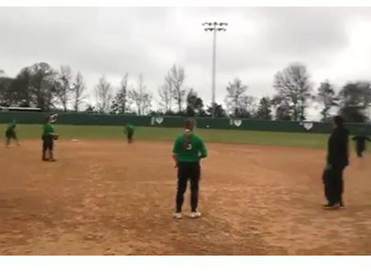 WEBXTRA: Central Lady Dogs eye state title as high softball season gets underway