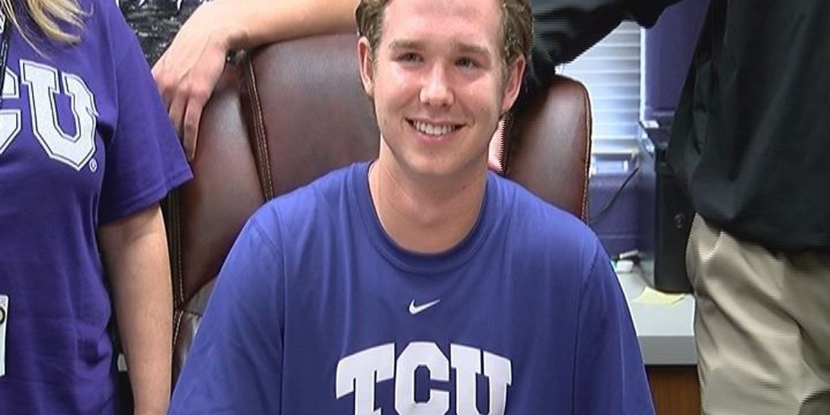 Lufkin pitcher signs with frequent College World Series contender TCU