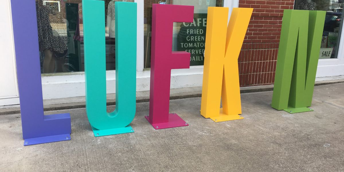 """Downtown sign lets people put the """"I"""" in Lufkin"""