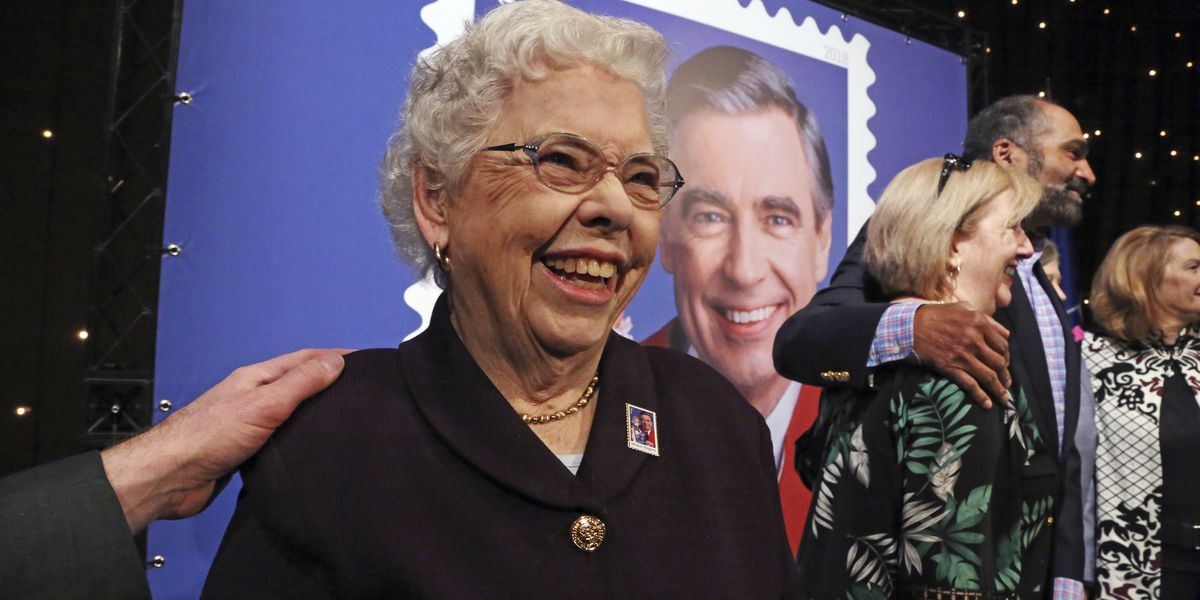 Joanne Rogers, widow of TV's famed Mister Rogers, dies at 92