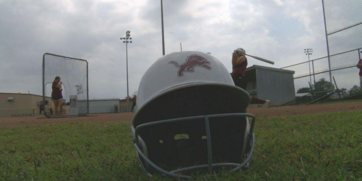 Lovelady softball not ready to end magical season