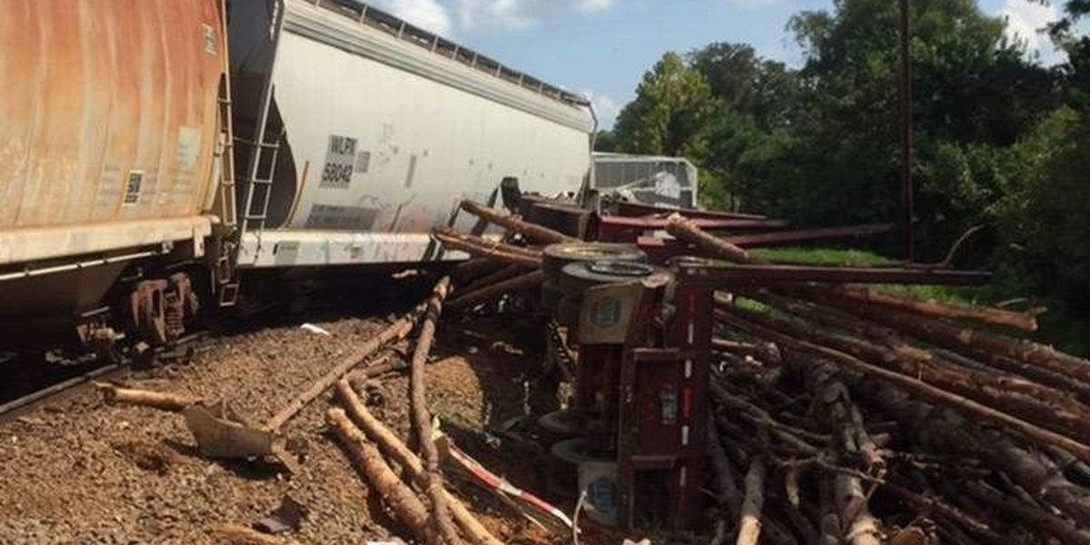 Clean-up continues in the wake of San Augustine County train derailment